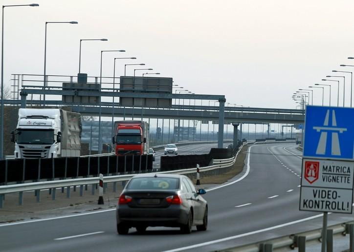 Elkezdik a javításokat az M1-es autópályán