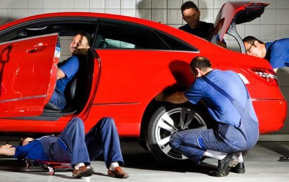 Autószervizek, autókereskedők lesznek a NAV célkeresztjében