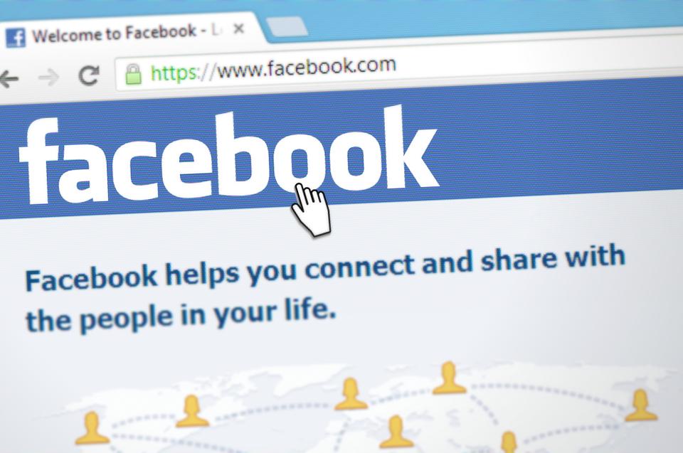 1,2 millió eurós büntetést kapott a Facebook