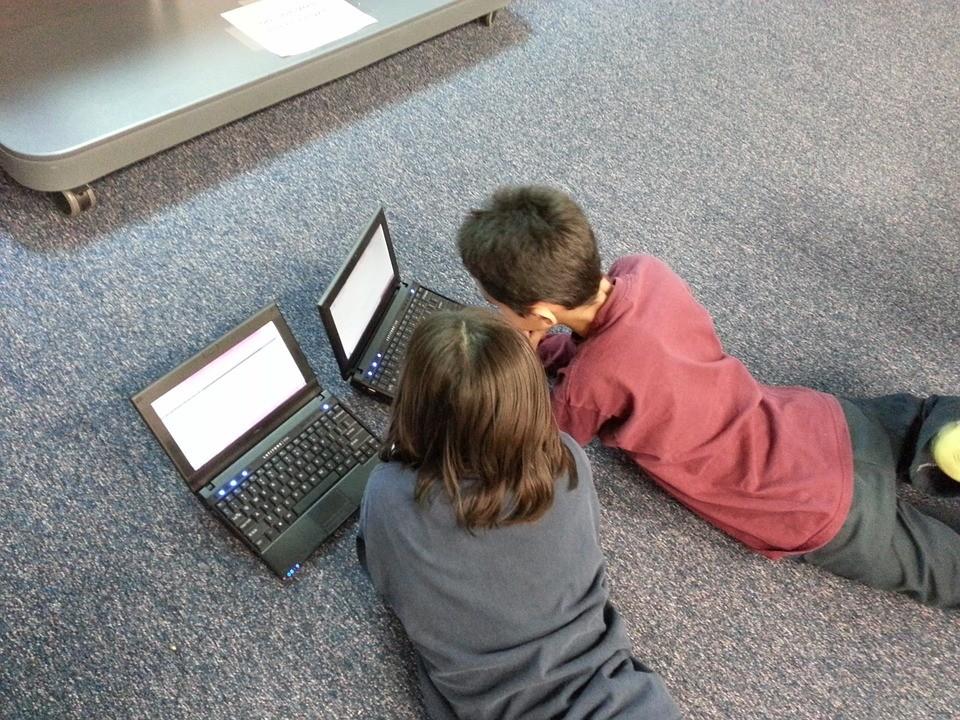 Ezt okozhatja a számítógép-használat a gyerekeknél