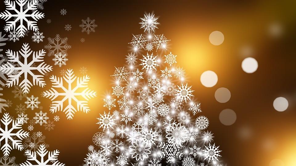 Régi idők karácsonyait eleveníti fel hangverseny-sorozatán Rákász Gergely