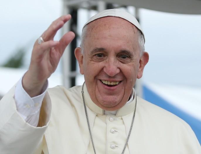 A menekültek befogadását sürgette Ferenc pápa