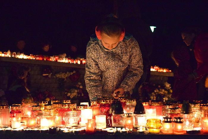 Halottak napja - A rendőrség javasolja, hogy még világosban keressük fel a temetőket