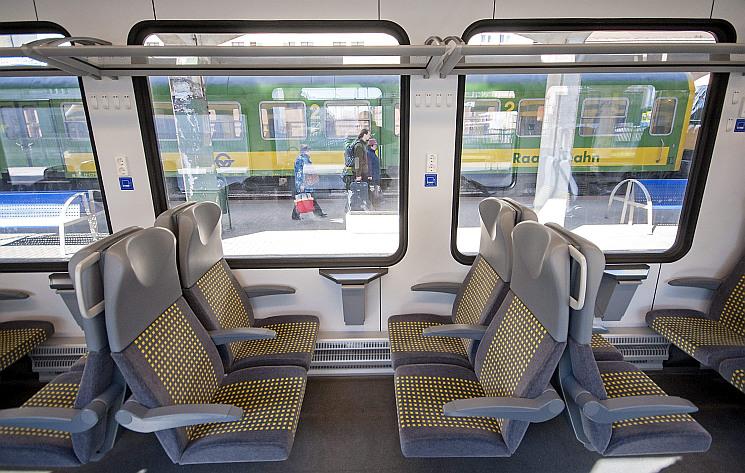 Május végétől lehet jelentkezni az ingyenes vonatjegyre a 18 éven felülieknek