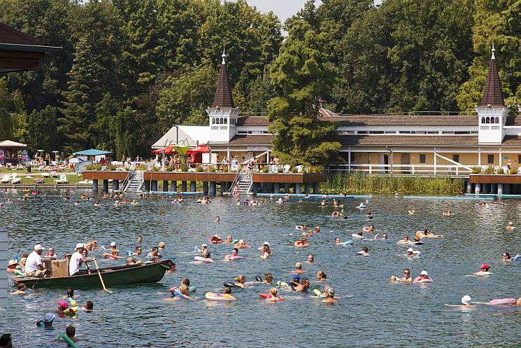 A magyar fürdőhelyek 70 százaléka kiváló minősítésű