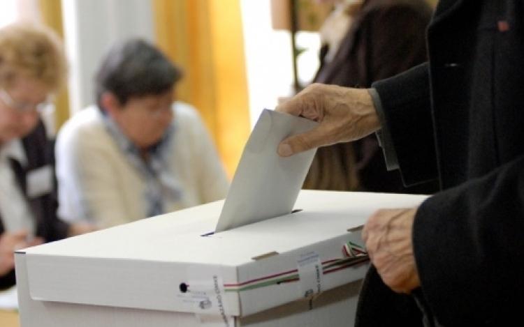 Választás 2018 - Eddig 166 külföldi megfigyelő regisztrált a választásra