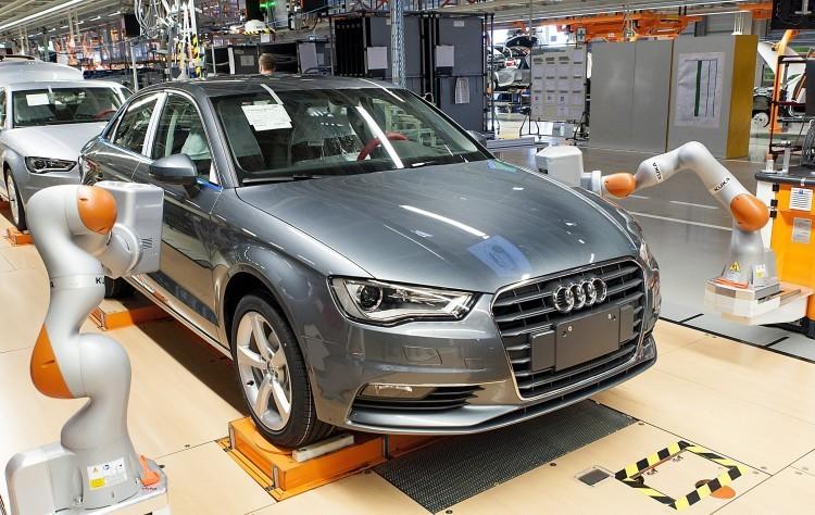 Továbbra sincs megállapodás, folytatódik a sztrájk az Audiban