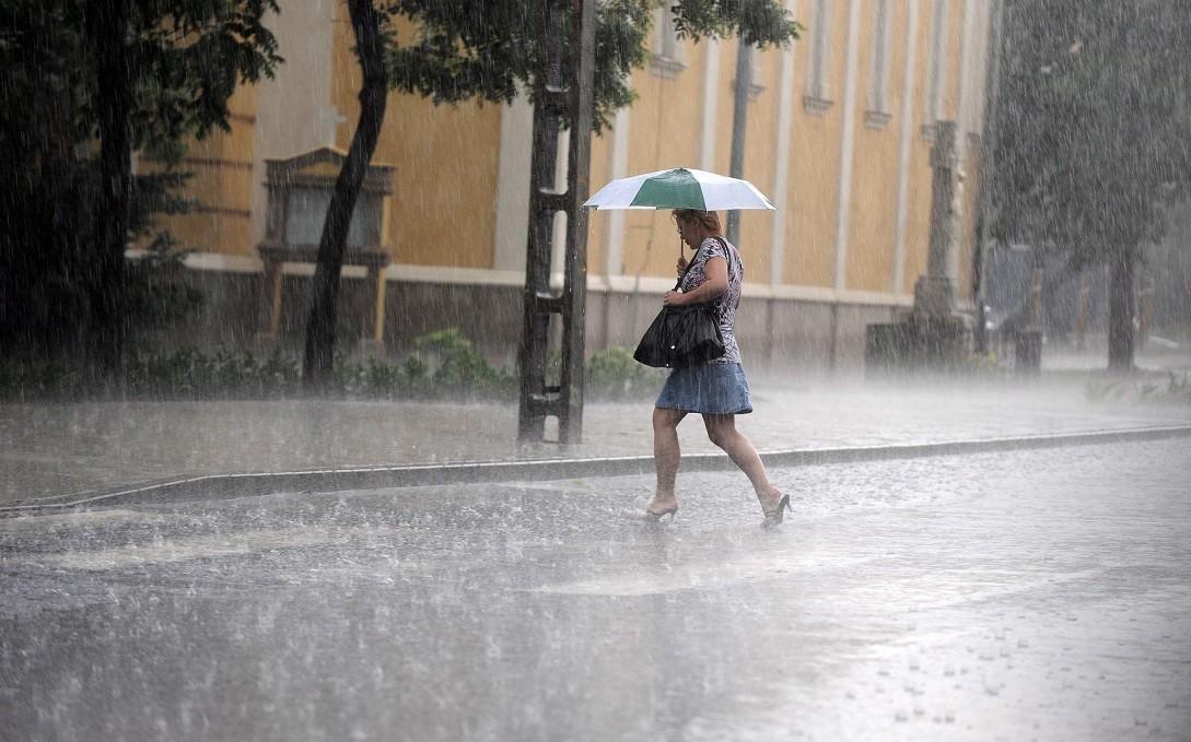 Időjárás-előrejelzés - A fél országra másodfokú figyelmeztetést adtak ki