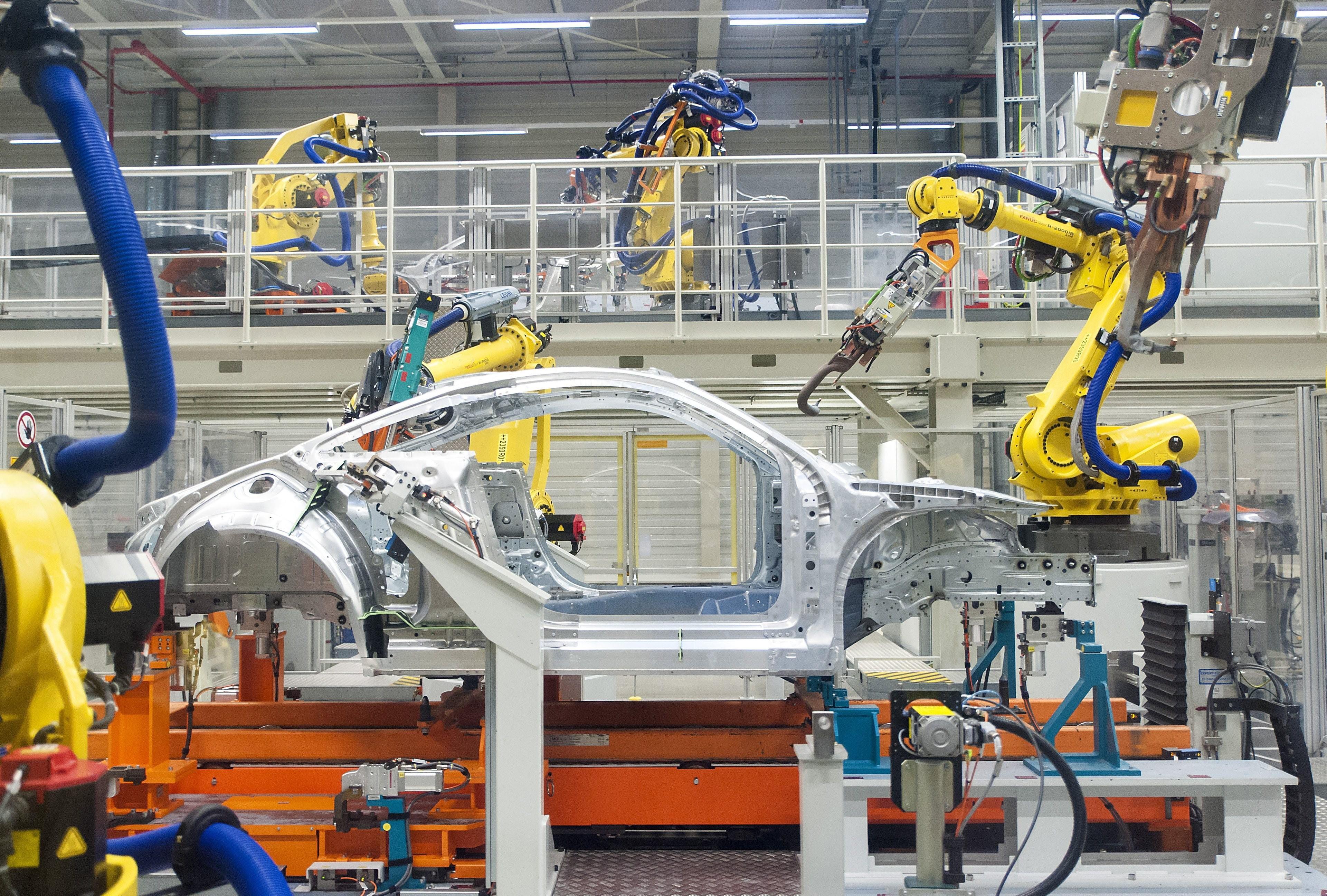 Már a bajorországi gyárban is áll a termelés a győri sztrájk miatt