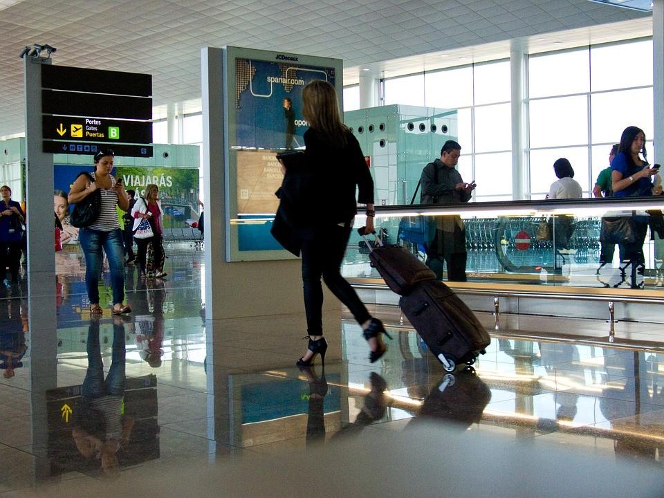 Az egész német légiközlekedési hálózatot megbéníthatja a keddi sztrájk