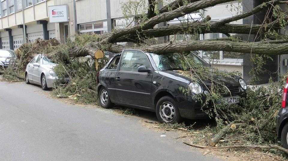 Lengyelországban is pusztít a vihar - ketten meghaltak