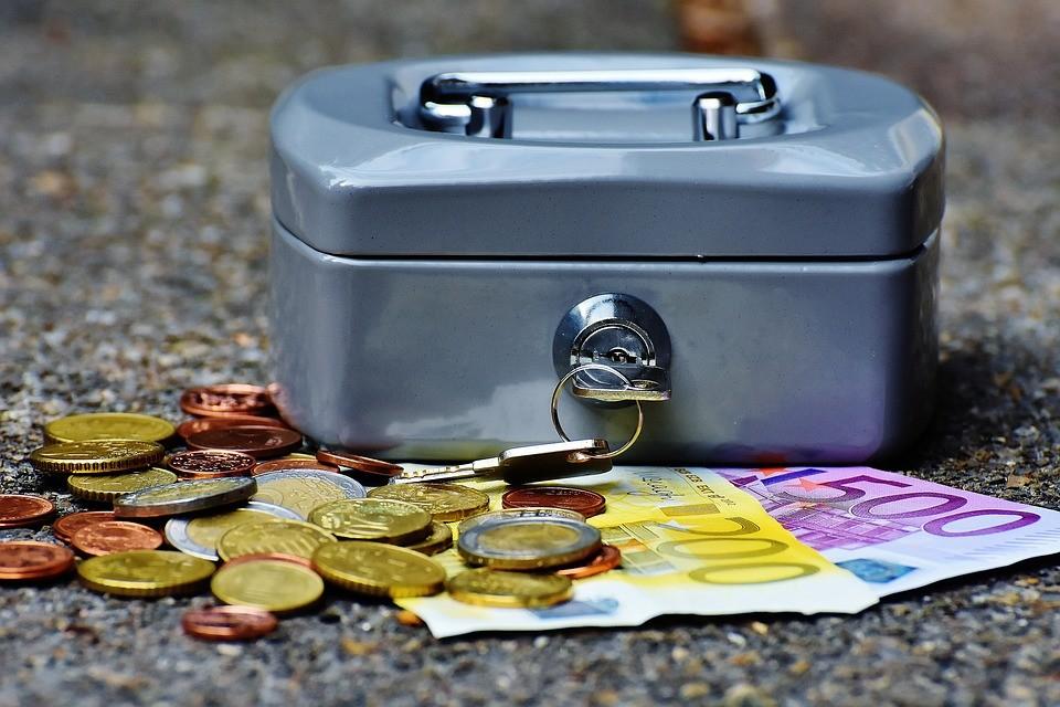 Emelkednek a törlesztőrészletek, lejár az árfolyamgát