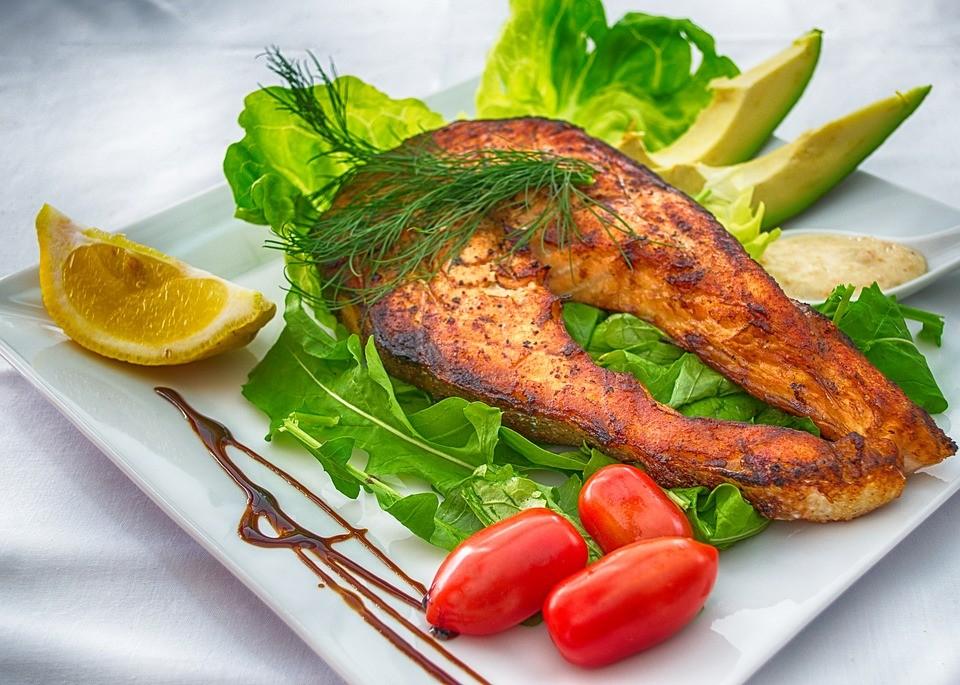 Három egyszerű, gyors, ízletes halas recept karácsonyra