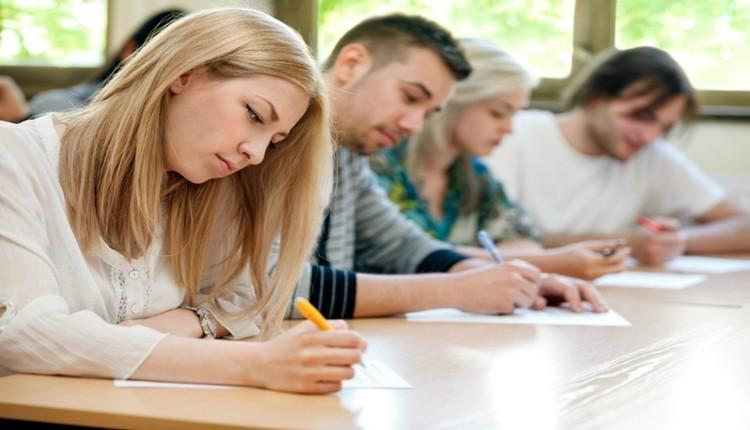 Hétfőtől elkezdődnek a középszintű érettségi vizsgák országszerte