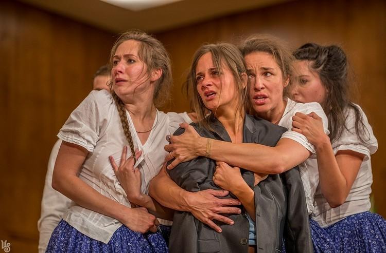 Öntudat, lelkiismeret, humánum - Alföldi Róbert rendezése: A salemi boszorkányok a Weöres Sándor Színházban