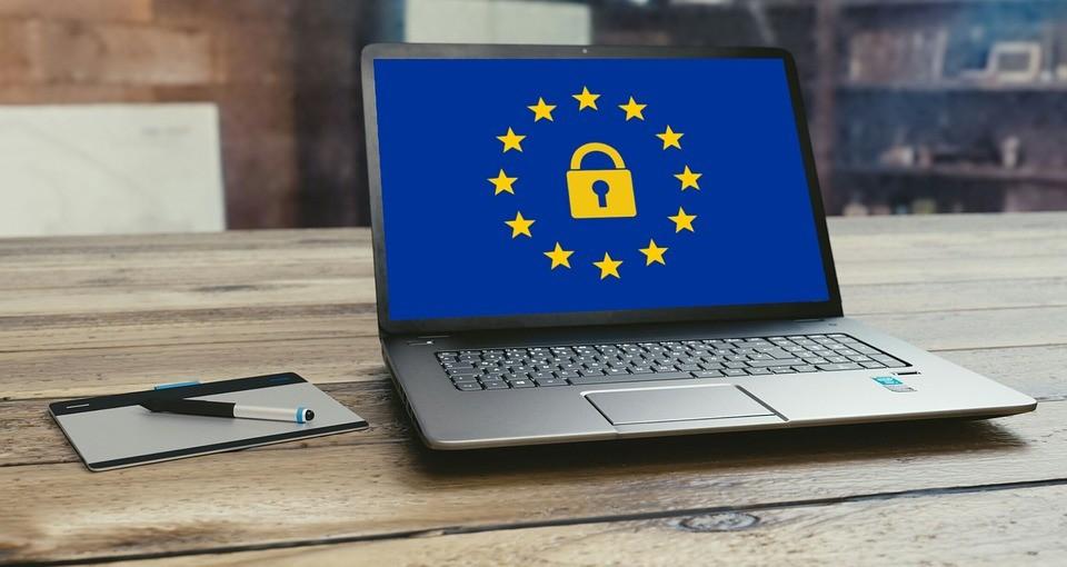 Mától életbe lépett az EU új adatvédelmi rendelete