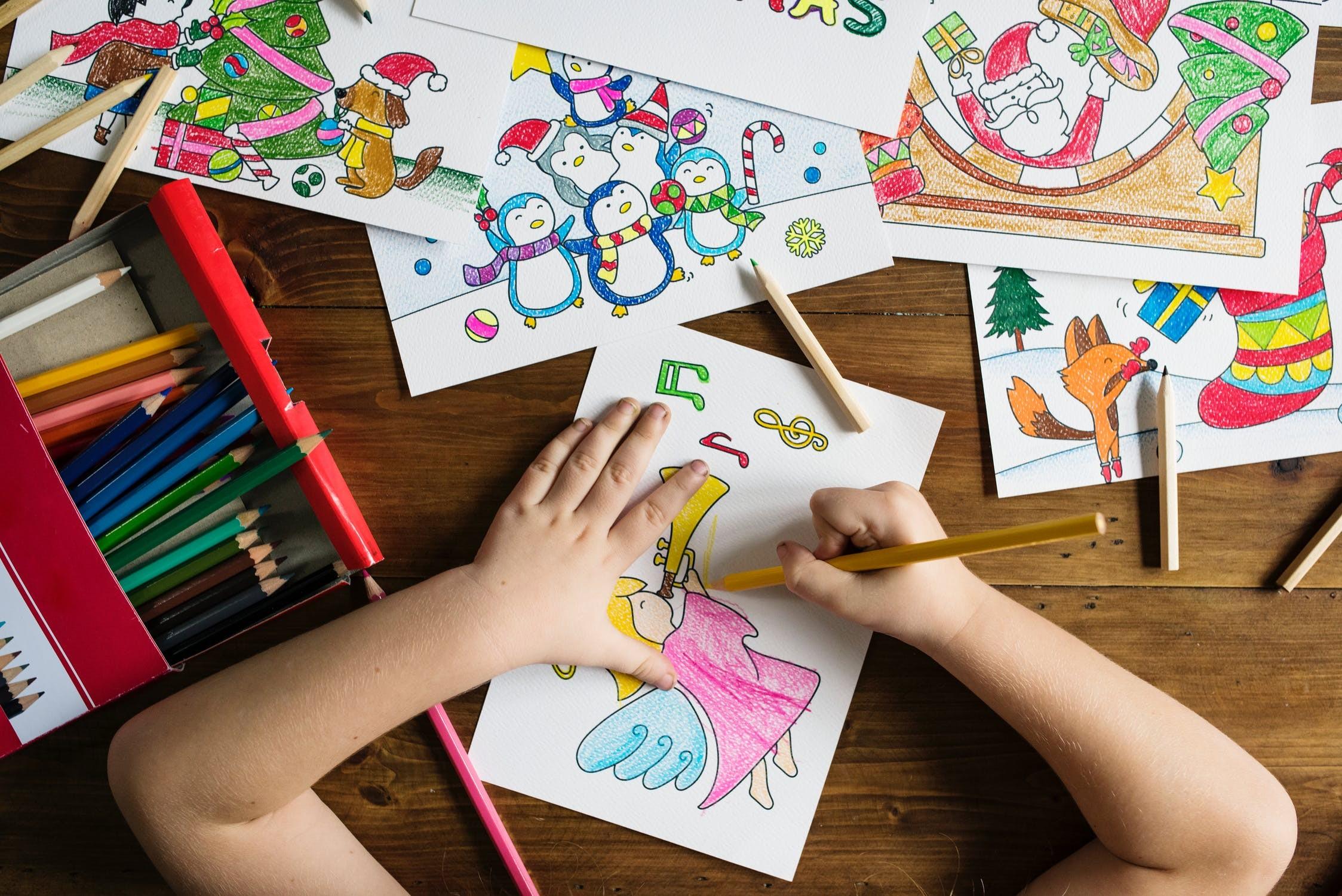 Nyári szünet – ezekkel a játékokkal készítse fel gyermekét az iskolára