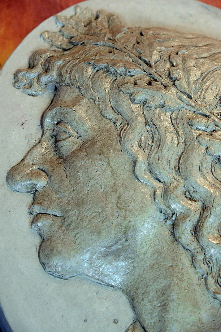 Mátyás király emlékművet készített a Guiness-rekorder szobrász