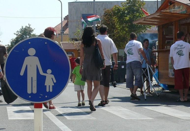 Ezeket az utcákat zárják le Szombathelyen az autós forgalom elöl a karnevál idejére