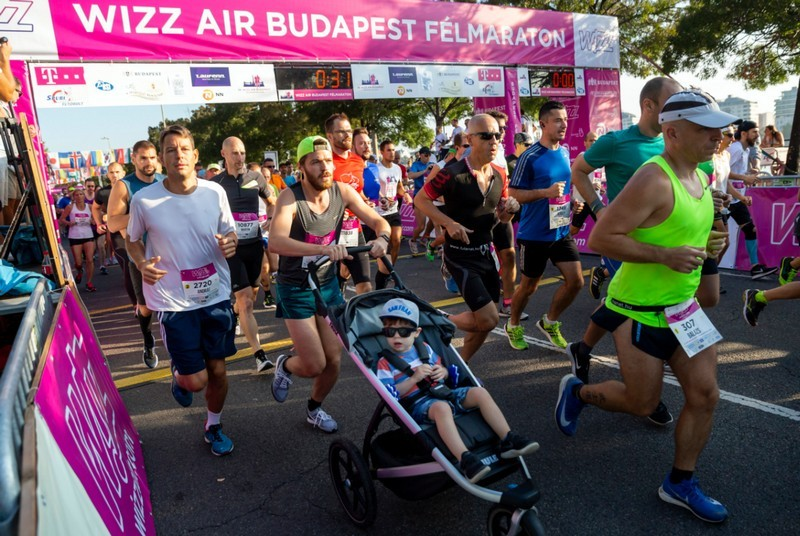 Budapest Félmaraton - Indulói, legidősebb férfi, női résztvevők, ismert arcok a mezőnyben (Fotók)