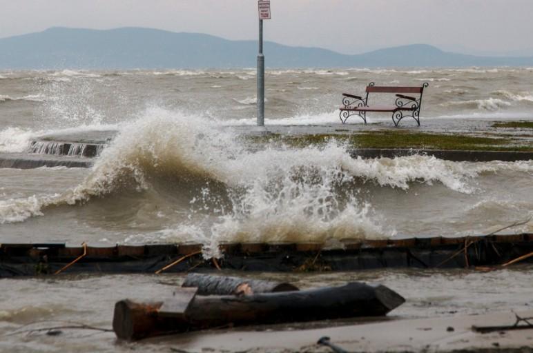 Időjárási-előrejelzés - Markáns hidegfront érkezik viharos széllel és zivatarokkal