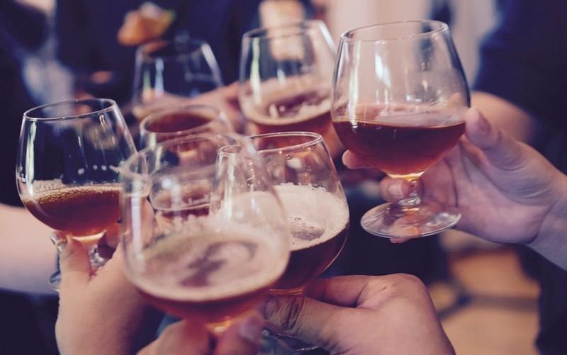 Kiderült, kik hajlamosabbak a fokozott alkoholfogyasztásra