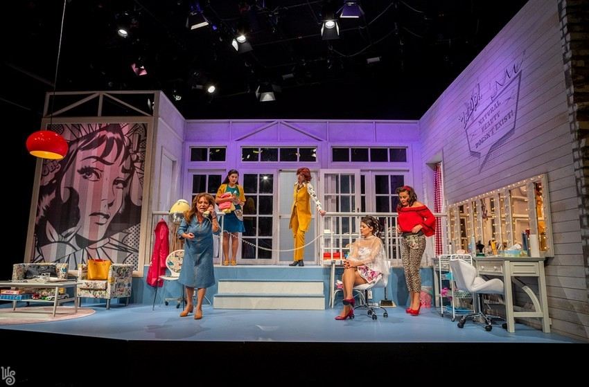 Égig érő Acélmagnóliák – Hét színjátékos diadala a szombathelyi Weöres Sándor Színházban