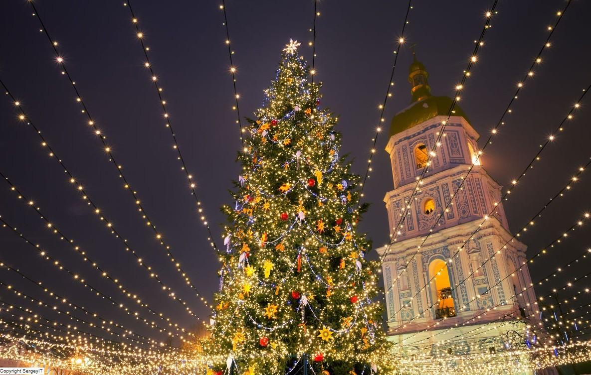 Íme, itt van az idei 10 legszebb karácsonyfa Európában