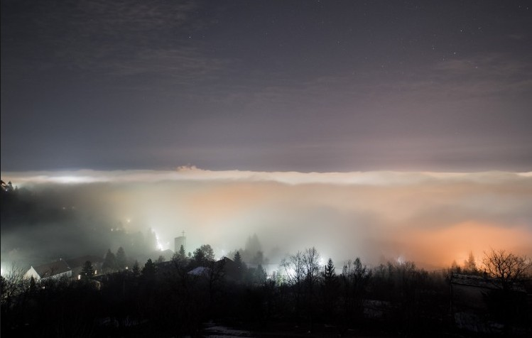 Sűrű ködre figyelmeztet a meteorológiai szolgálat