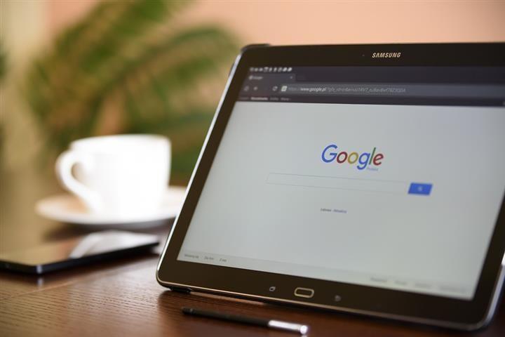 Az oroszok tartalomszűrésre köteleznék a Google-t
