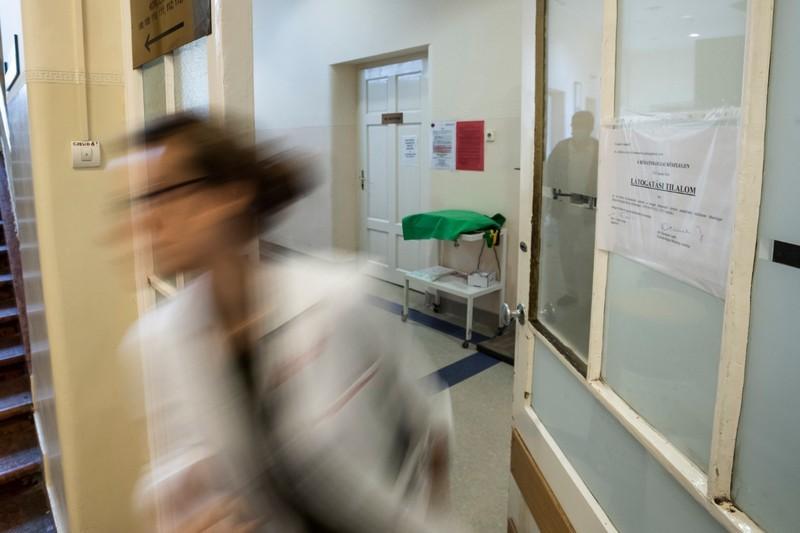 Influenza - Több kórházban részleges vagy teljes látogatási tilalmat rendeltek el