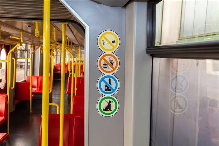 Így jár, ha a metrón eszik Bécsben