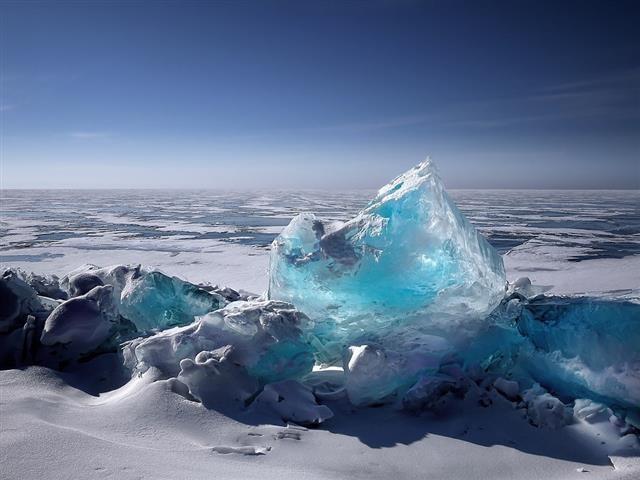 Klímaváltozás - Az olvadékvíztavak súlya komoly problémákat okoz