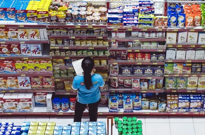 A nagypénteki munkaszüneti nap miatt átrendeződik a boltok forgalma