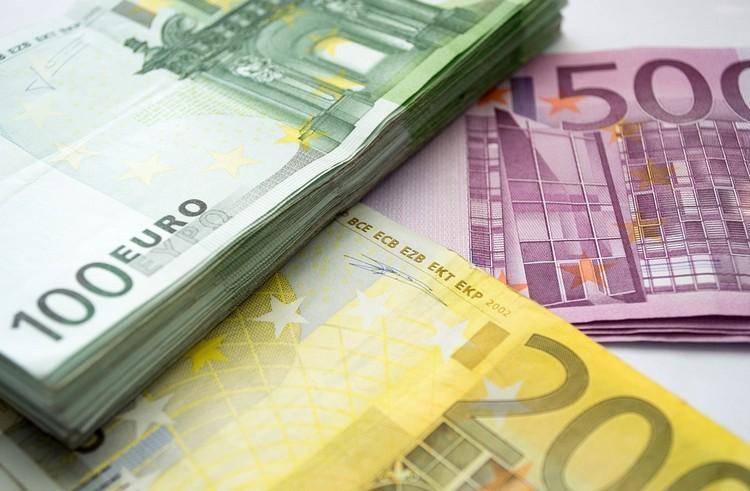 Felmérés: A magyarok kétharmada támogatja az euró bevezetését