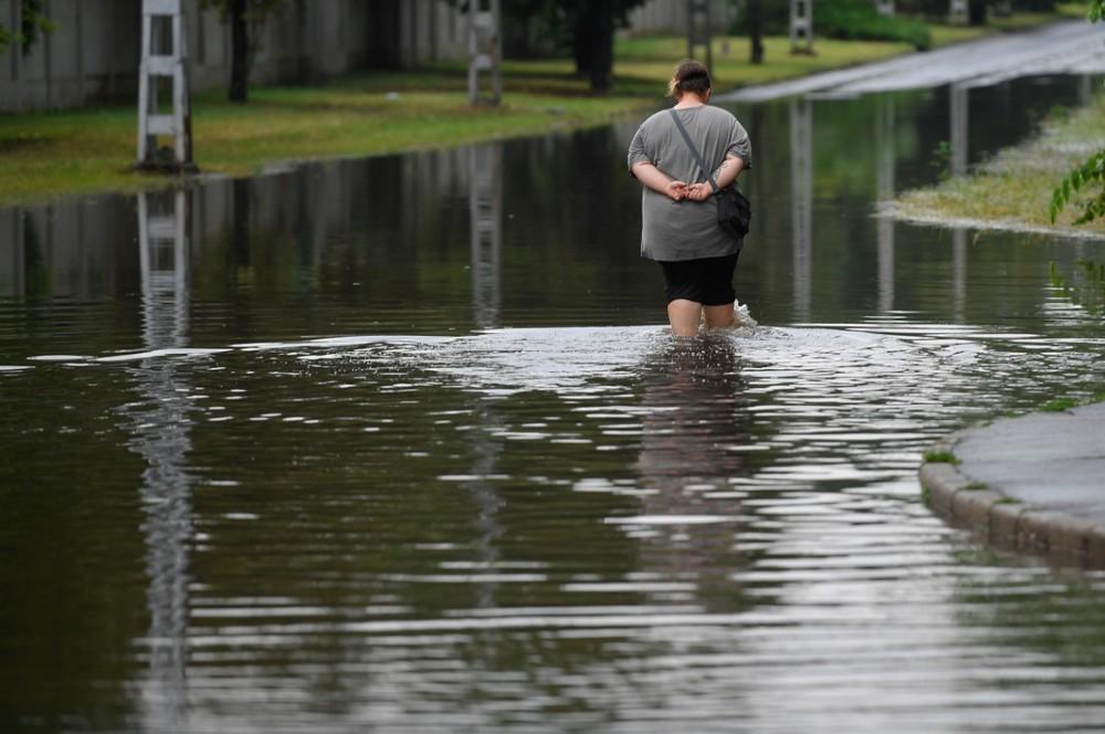 Vihar - Közlekedési fennakadásokat is okozott a nagy eső Debrecenben