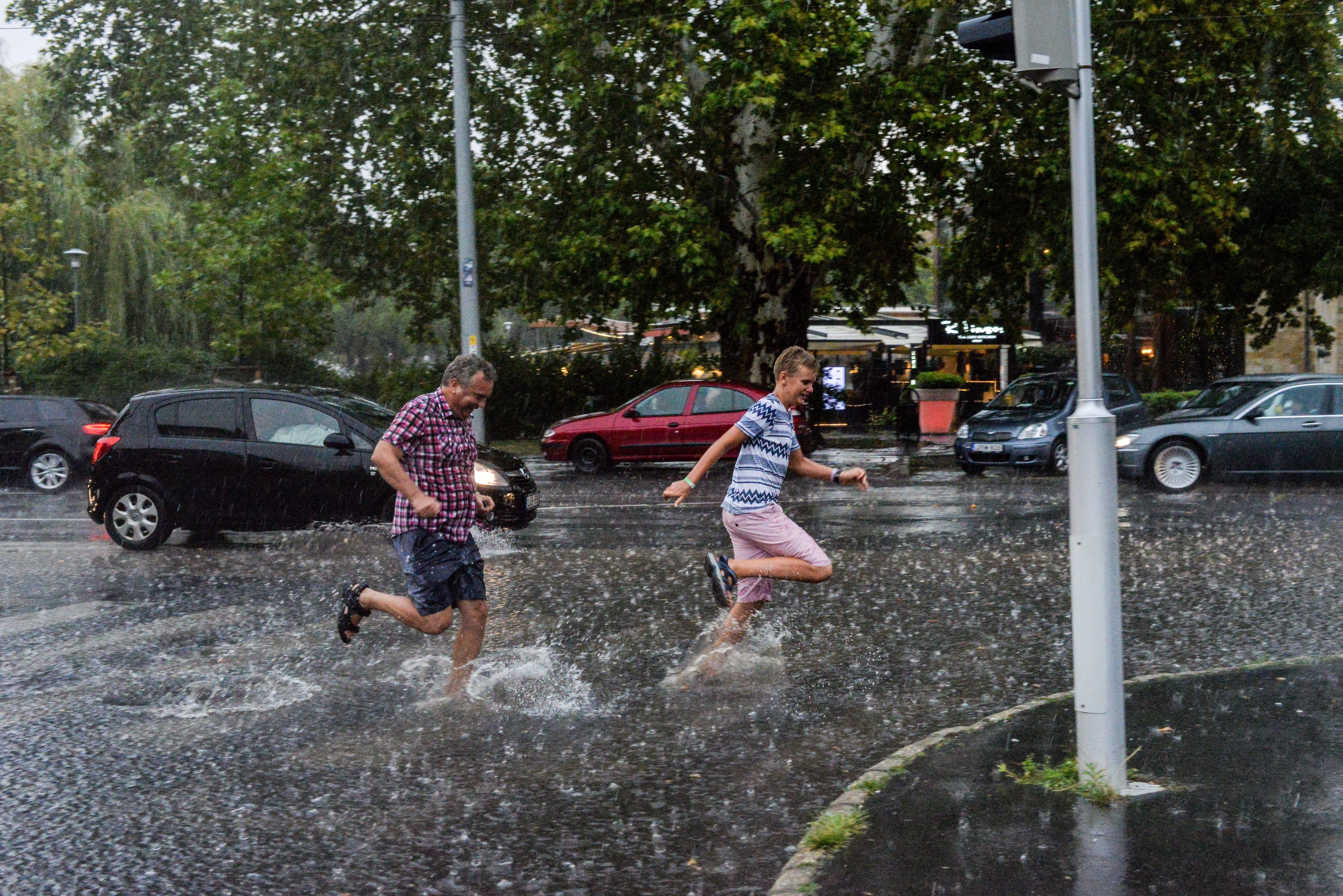 Időjárás-előrejelzés - Figyelmeztetést adtak ki péntekre az ország nagy részére - Részletek