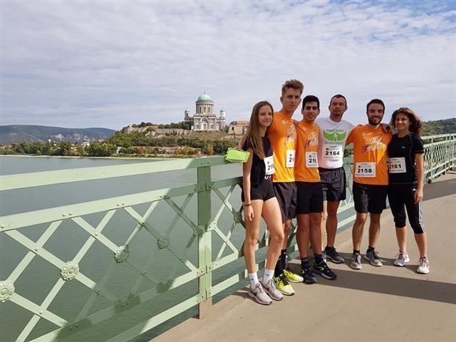 Hídfutáson vettek részt a szombathelyi Premontreiek