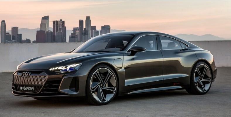 20 tisztán elektromos modellt vezet be az Audi 2025-ig