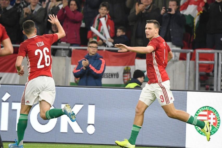 Stadionavató - Az uruguayi labdarúgó-válogatott 2-1-re legyőzte a magyar csapatot
