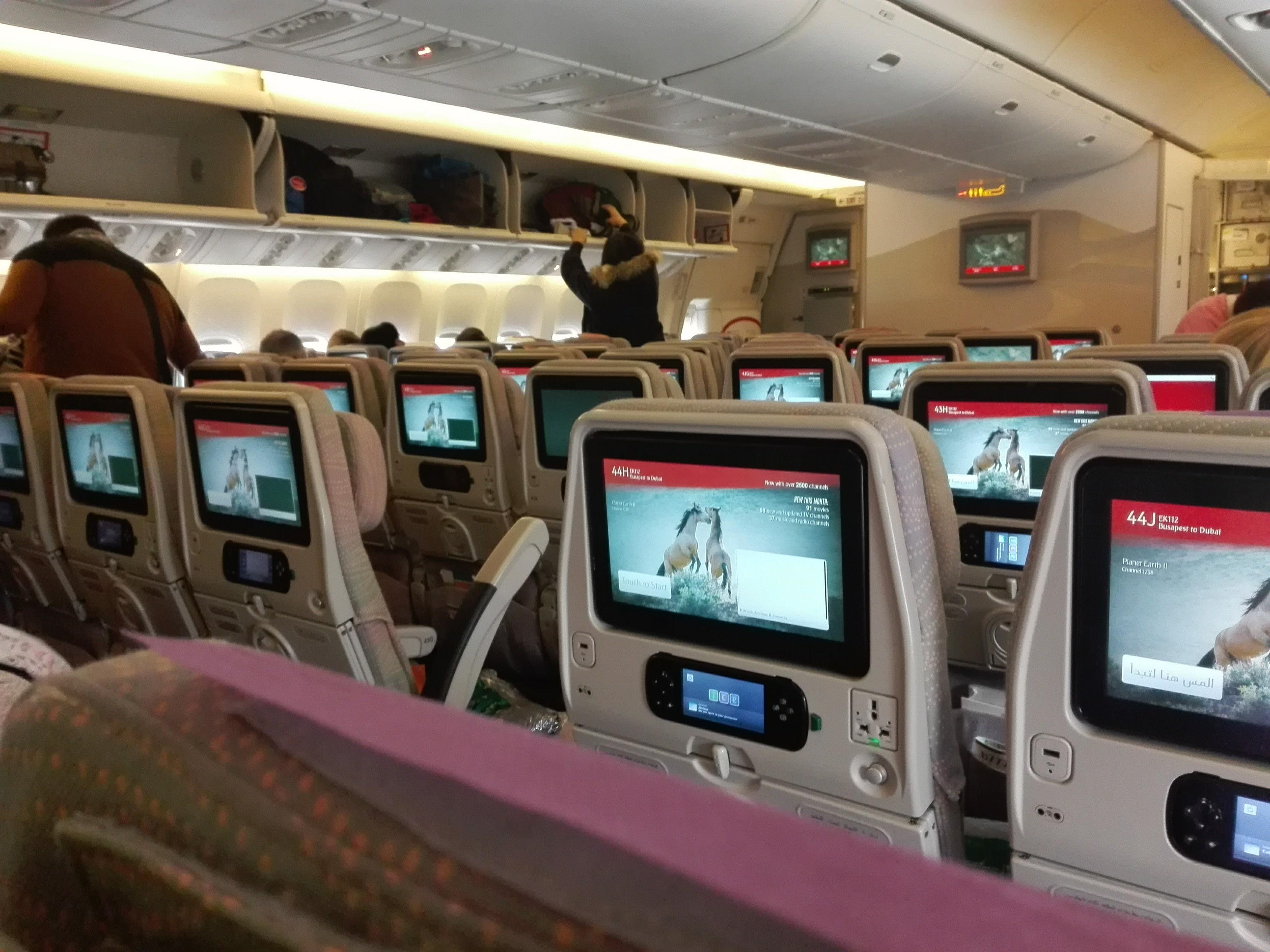 Szerdától minden személyszállító járatát felfüggeszti az Emirates