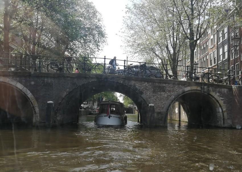 Enyhítenek a korlátozásokon Hollandiában és Belgiumban